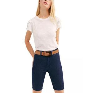 $78 FREE PEOPLE Raw Hem Shorts (Dark Wash) Size 24